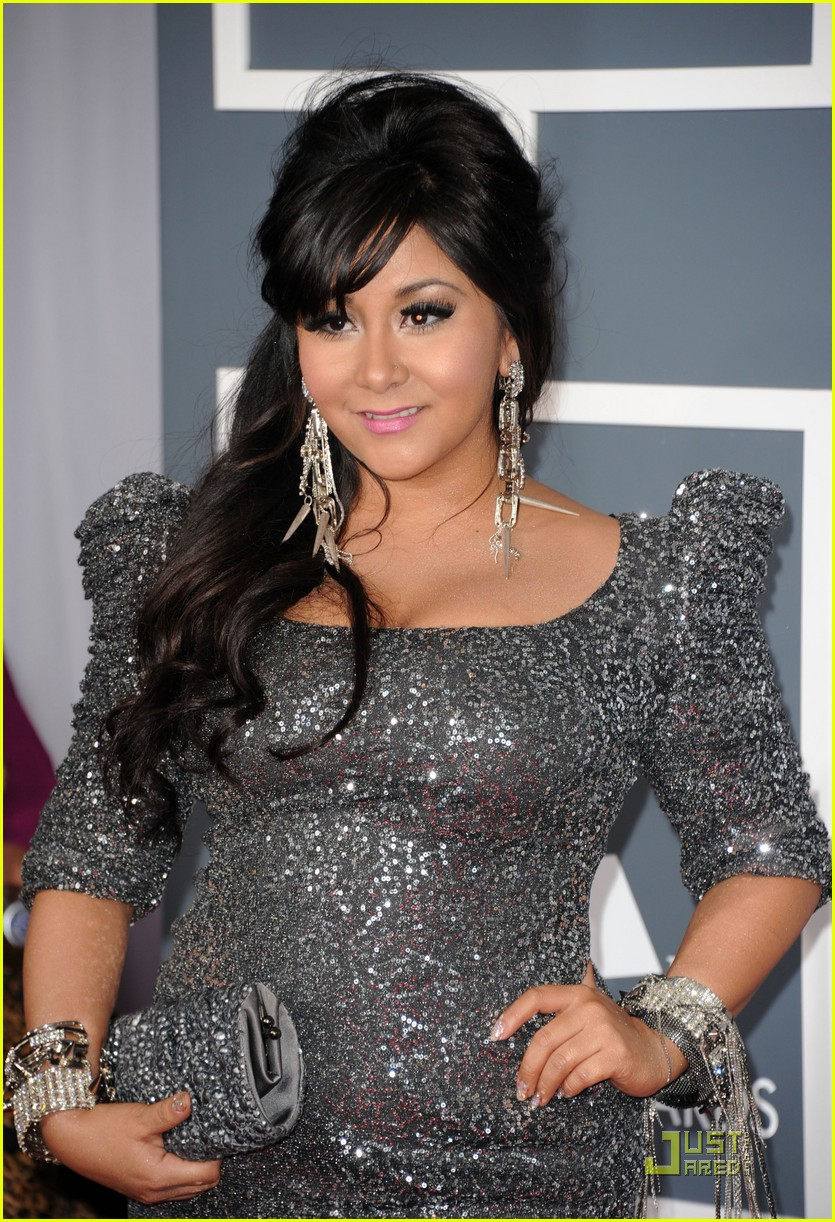 snooki situation grammys red carpet 07