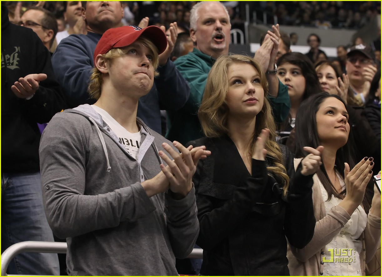 taylor swift chord overstreet new couple alert 03