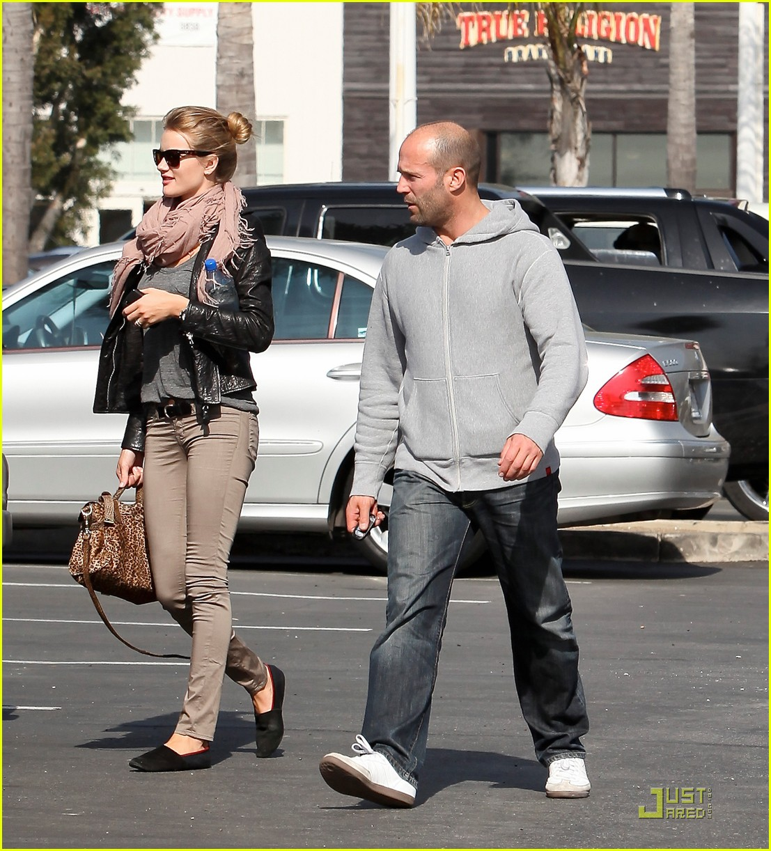 rosie huntington whiteley jason statham malibu 06