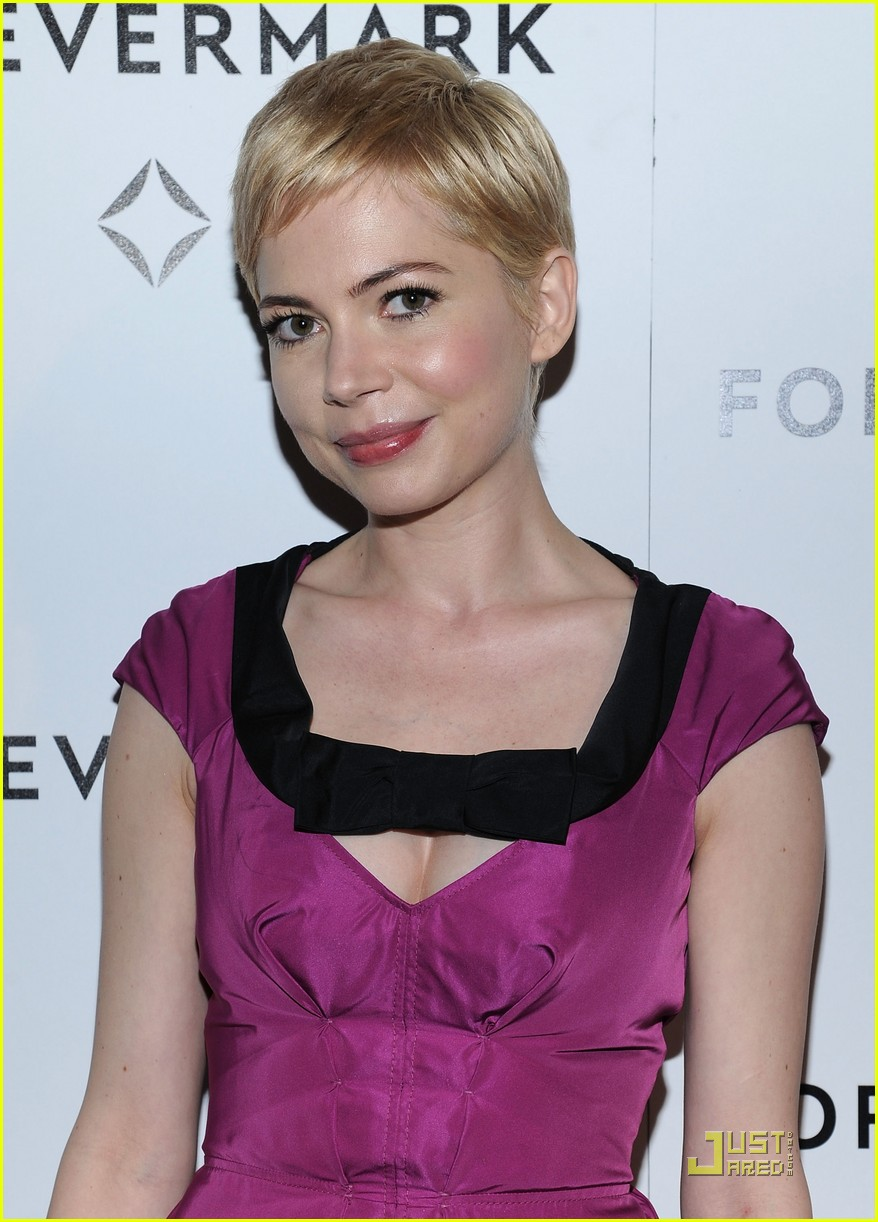 michelle williams forevermark dinner honoree 02