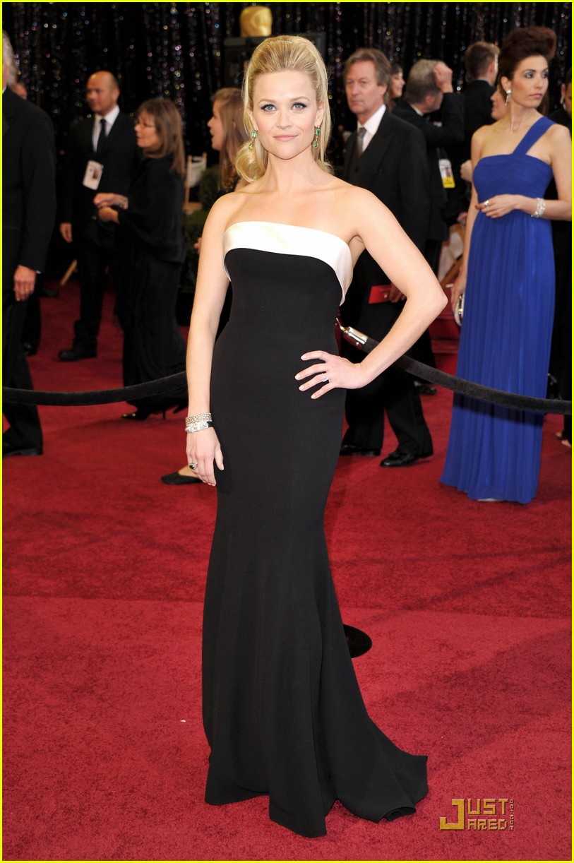 reese witherspoon oscars 2011 01