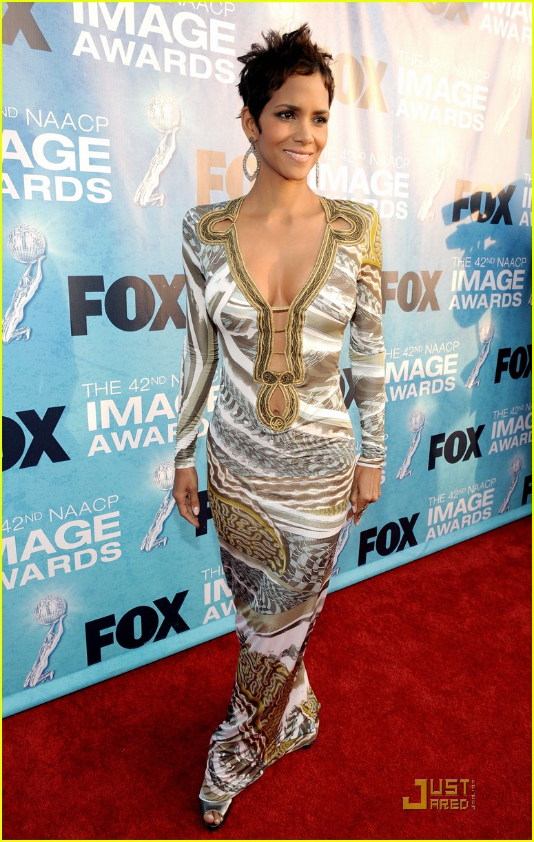 halle berry naacp image awards 04