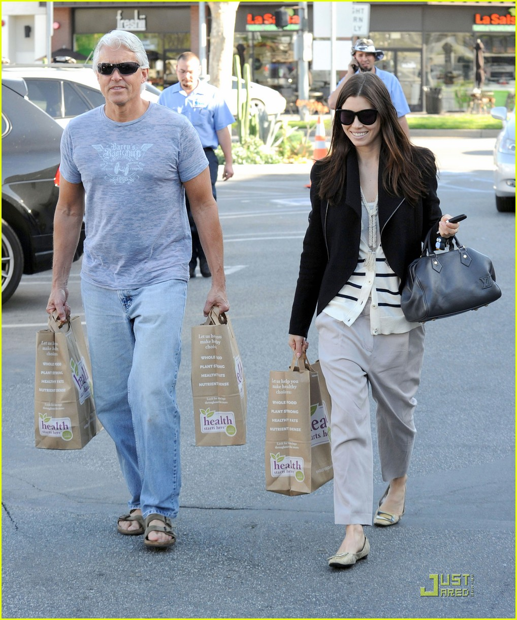 jessica biel dad whole foods 03