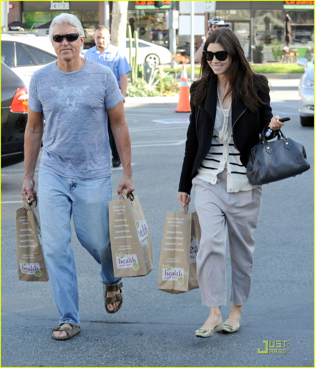 jessica biel dad whole foods 05