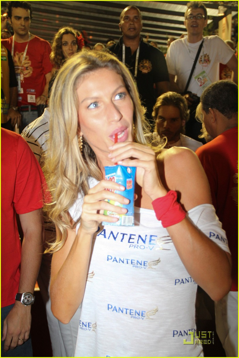 gisele bundchen tom brady carnival couple 02