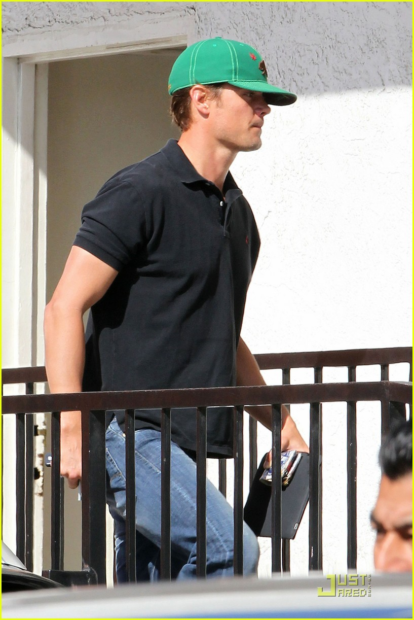 fergie josh duhamel busy takin care of business 09