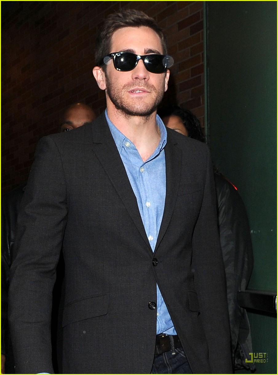 jake gyllenhaal good morning america 052531752