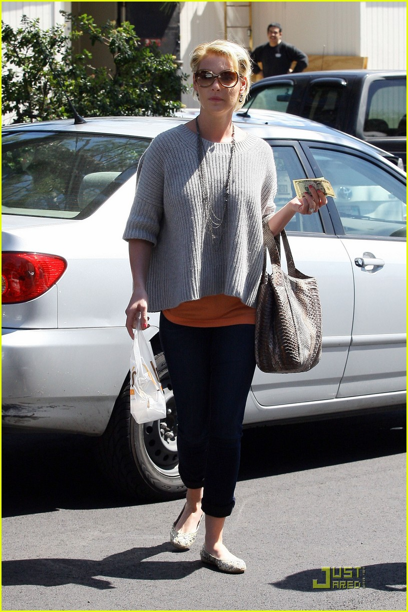 katherine heigl five dollars for you 02