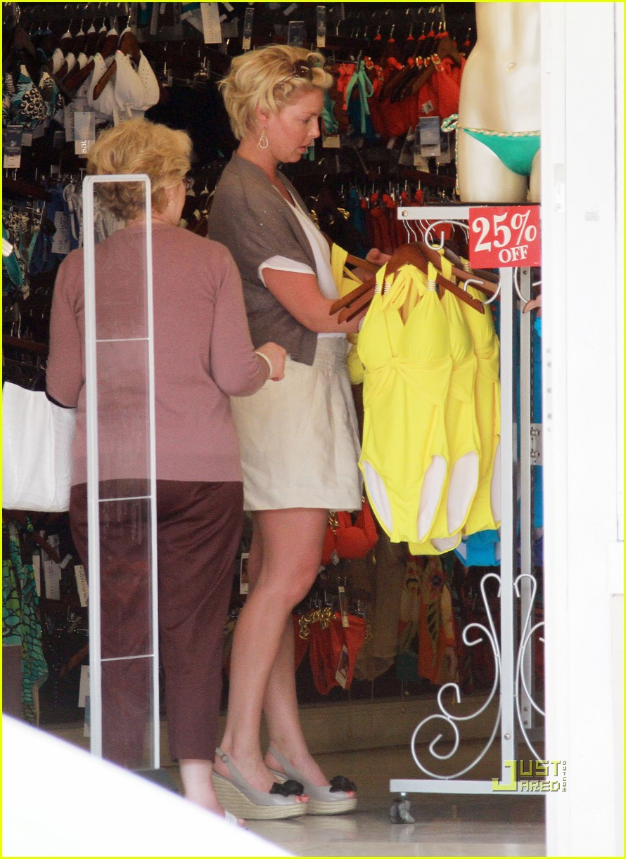 Katherine Heigl: Swimsuit Shopping with Mom! Katherine Heigl