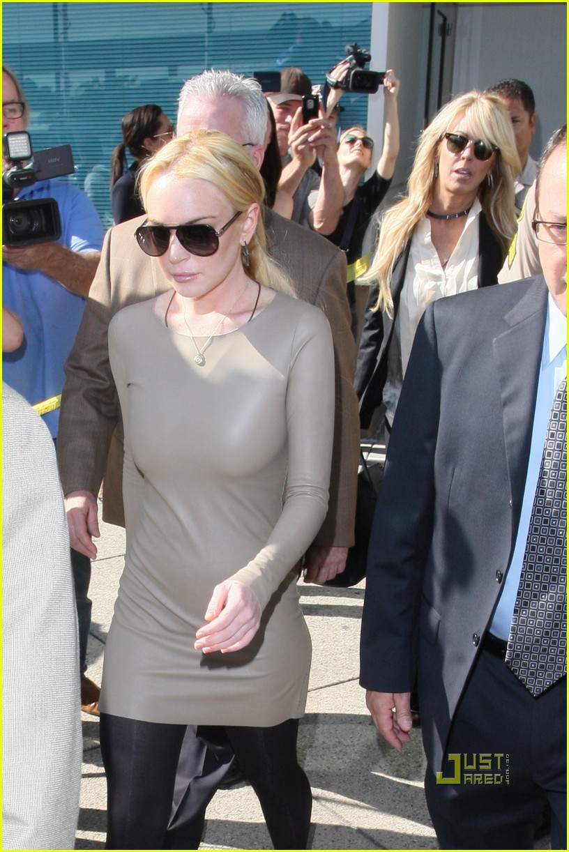 lindsay lohan court march 10 09