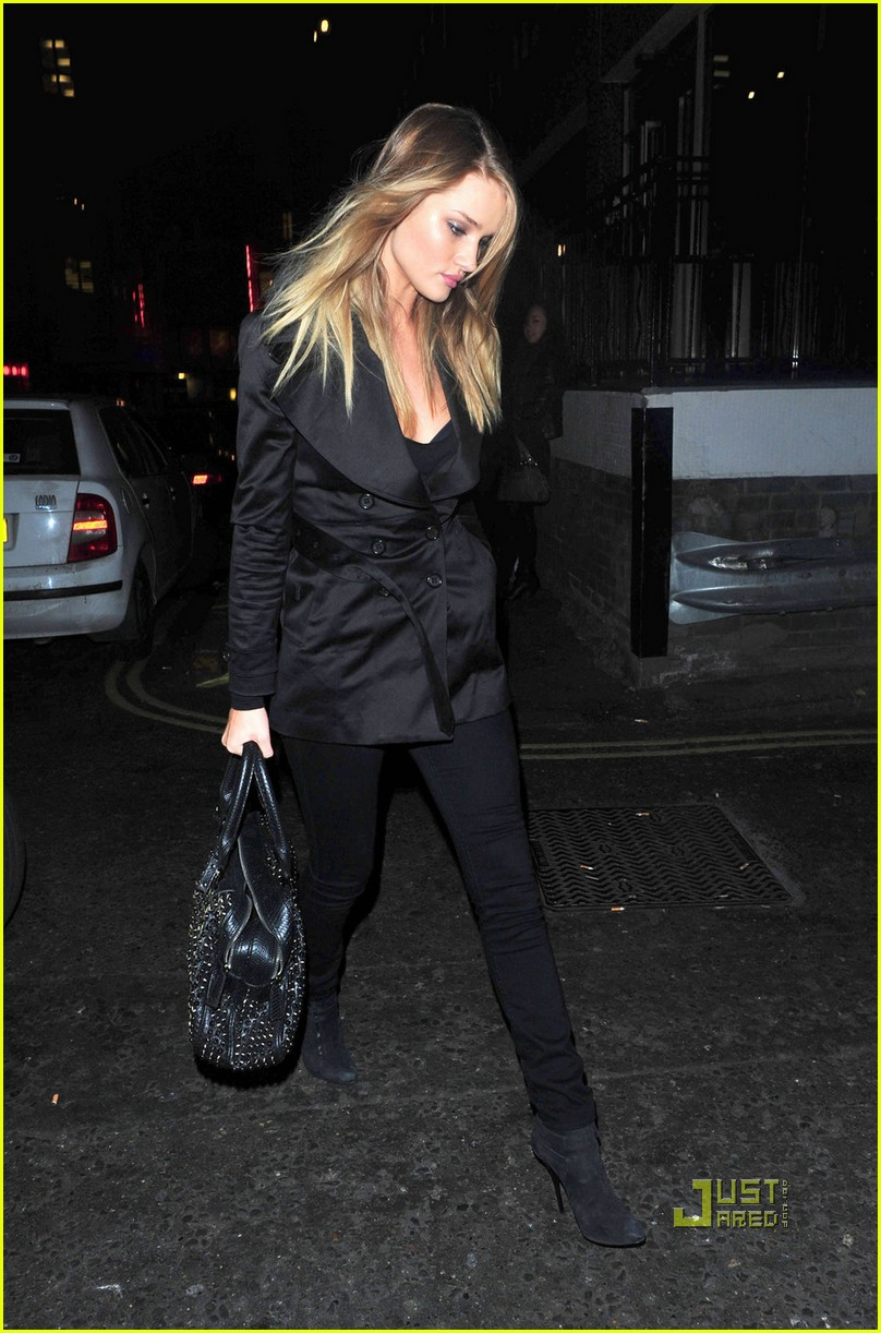 rosie huntington whiteley jason statham soho london 01