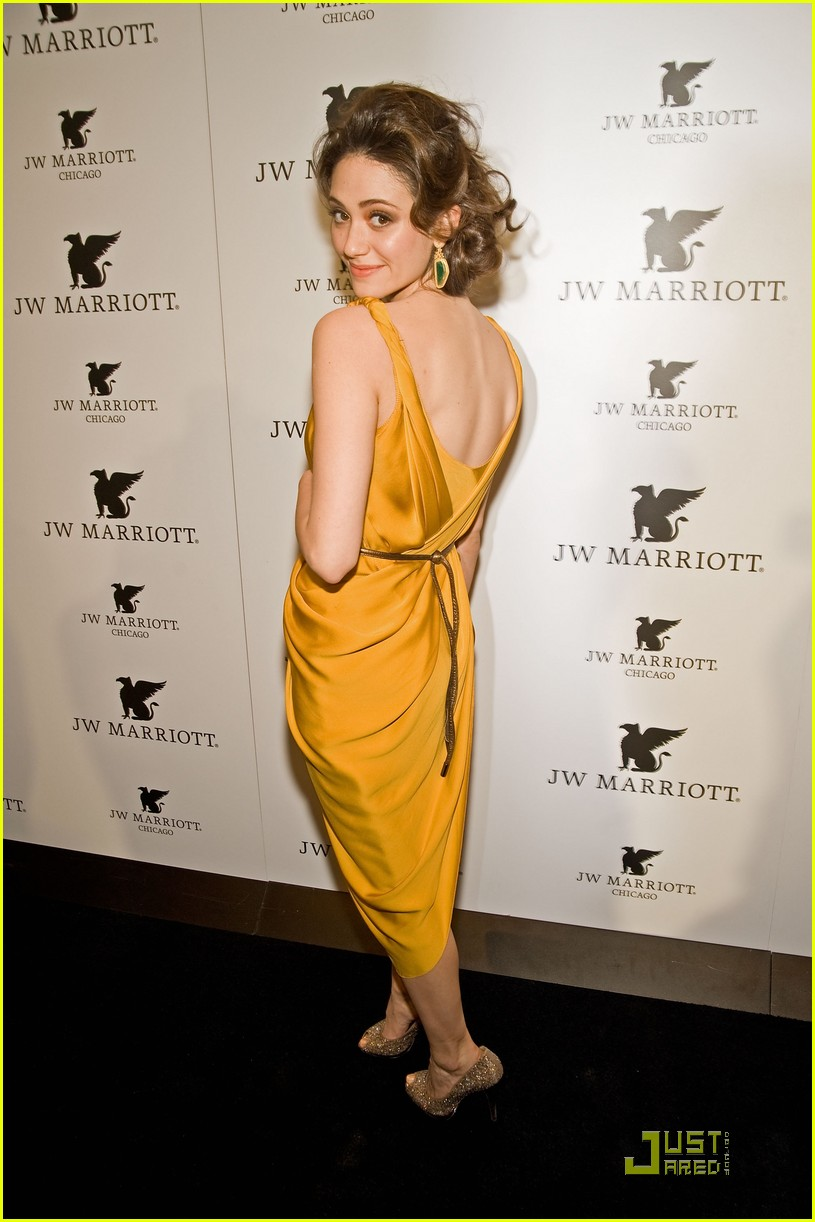 emmy rossum jw marriott chicago grand opening 02