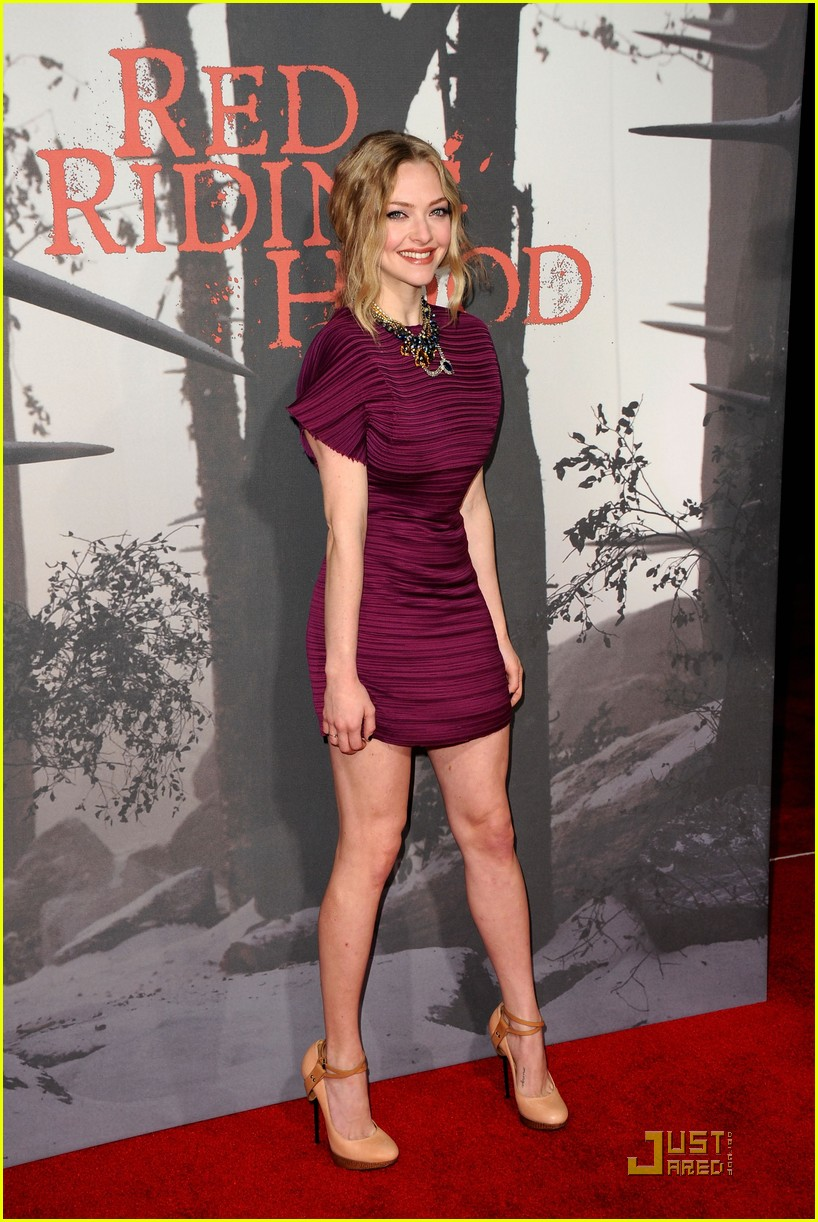 amanda seyfried red riding hood premiere 02