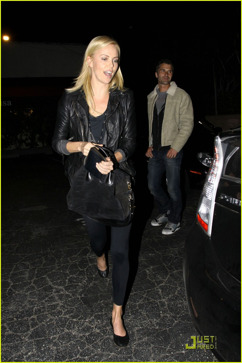 charlize theron dines with a mystery male 01