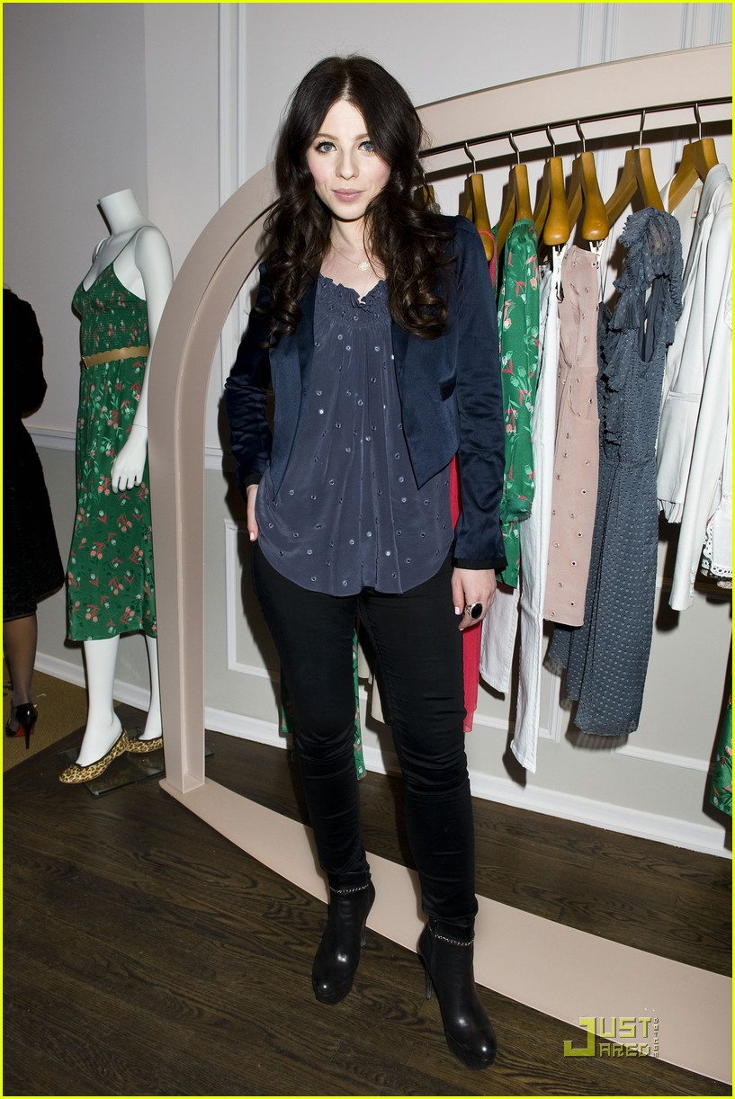 michelle trachtenberg rebecca taylor flagship 01