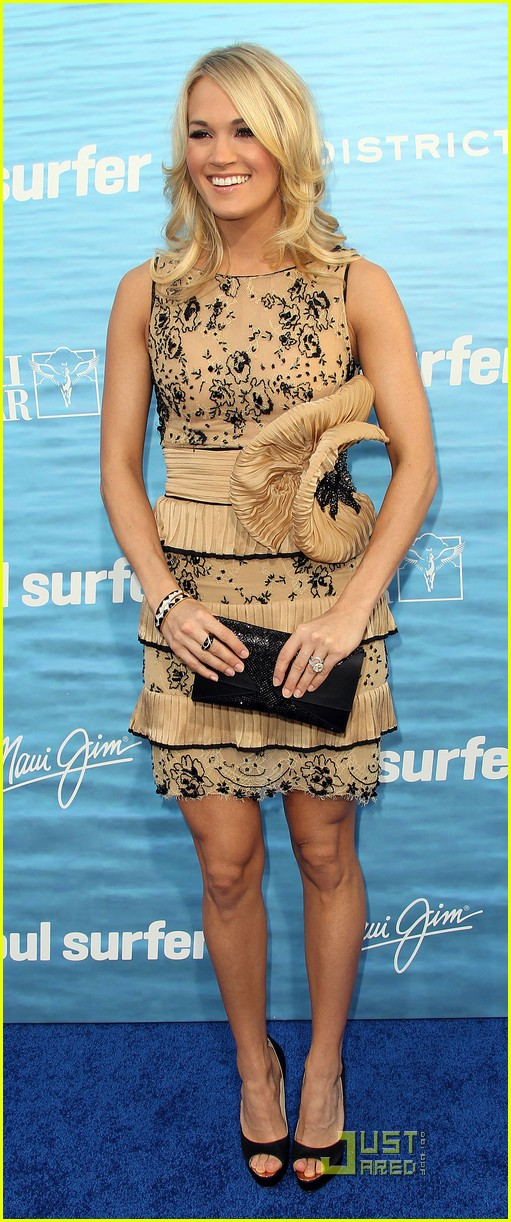 carrie underwood soul surfer premiere 102531678