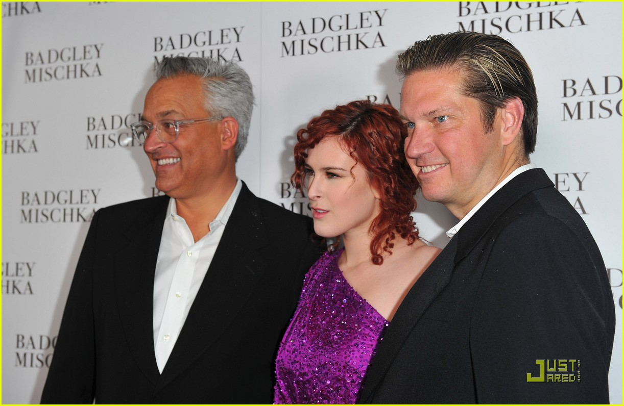 rumer willis badgley mischka flagship opening 13