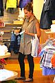 jessica alba shopping day with honor 07