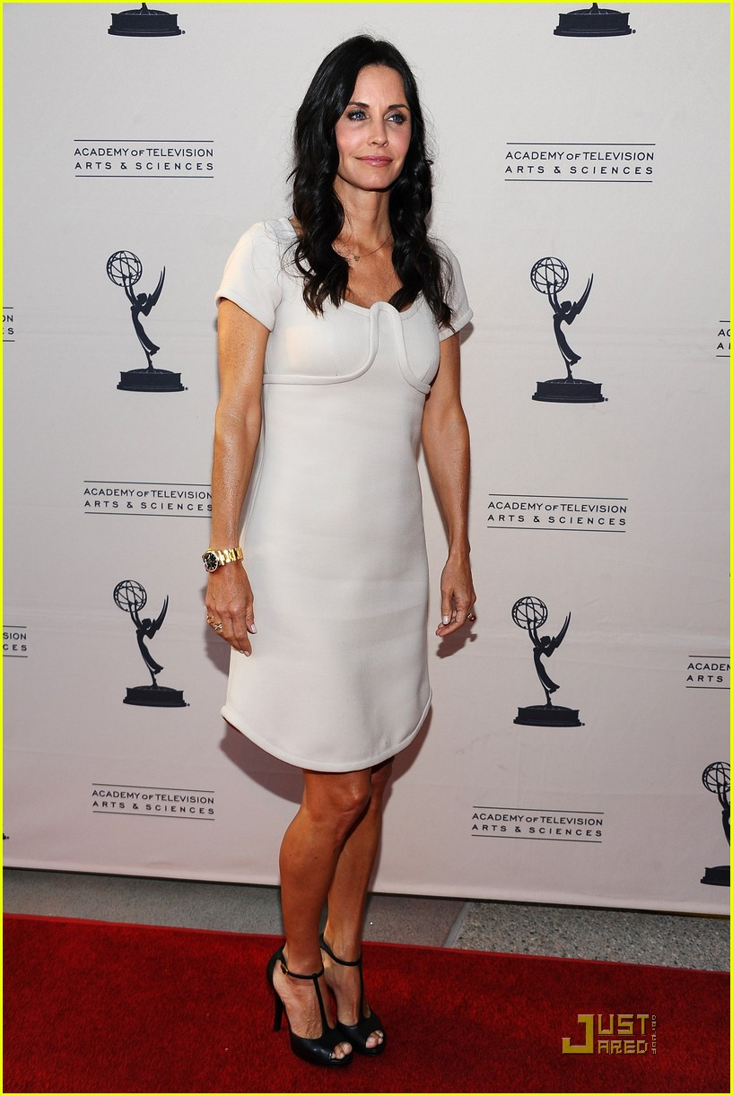 courteney cox cougar academymytext05