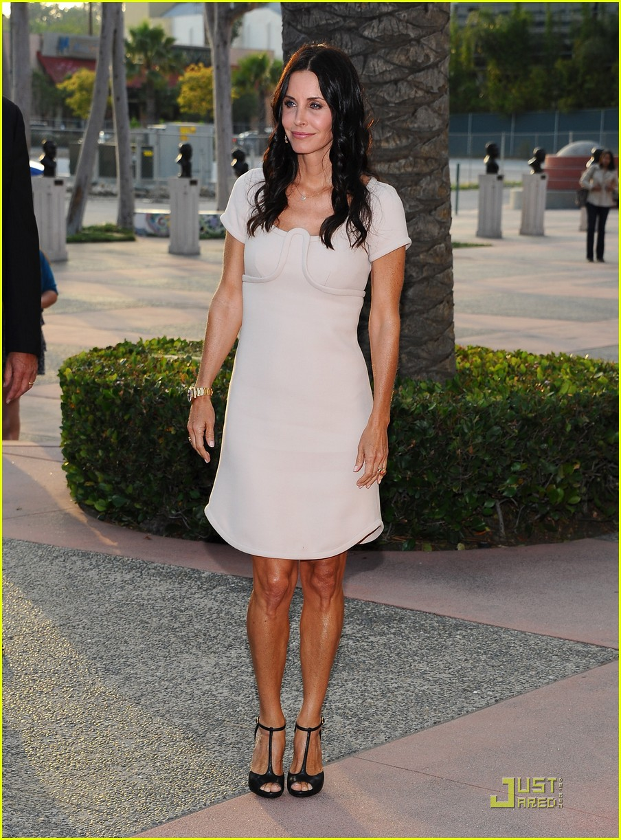 courteney cox cougar academymytext07