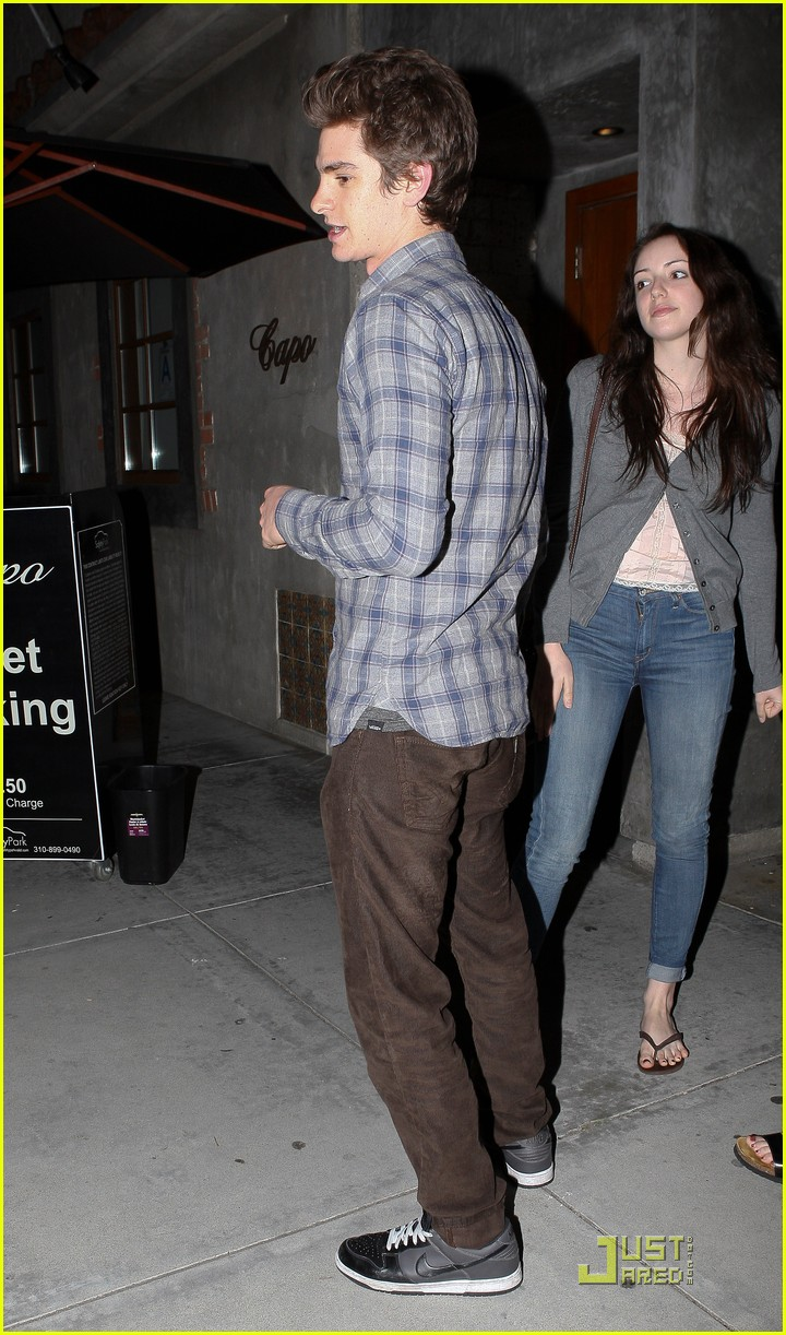 andrew garfield shannon woodward capo 01