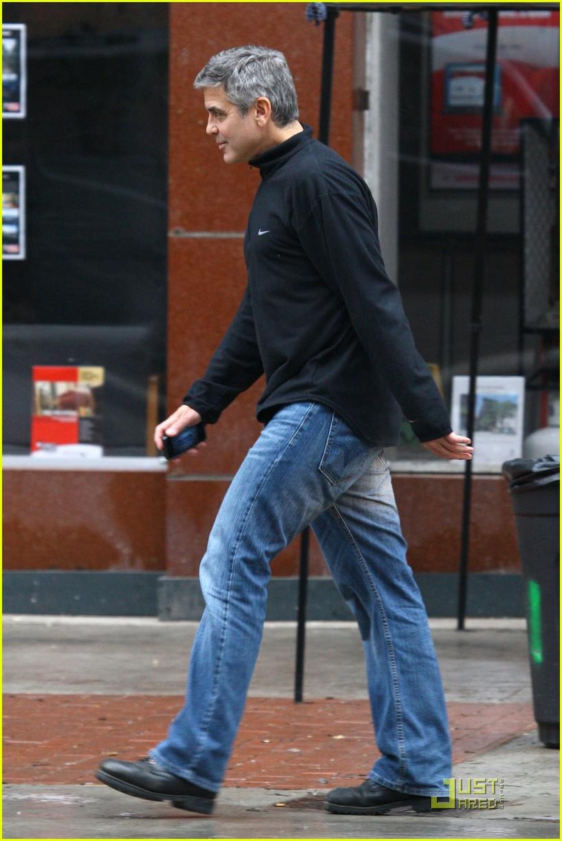 ryan gosling hugs fan 06