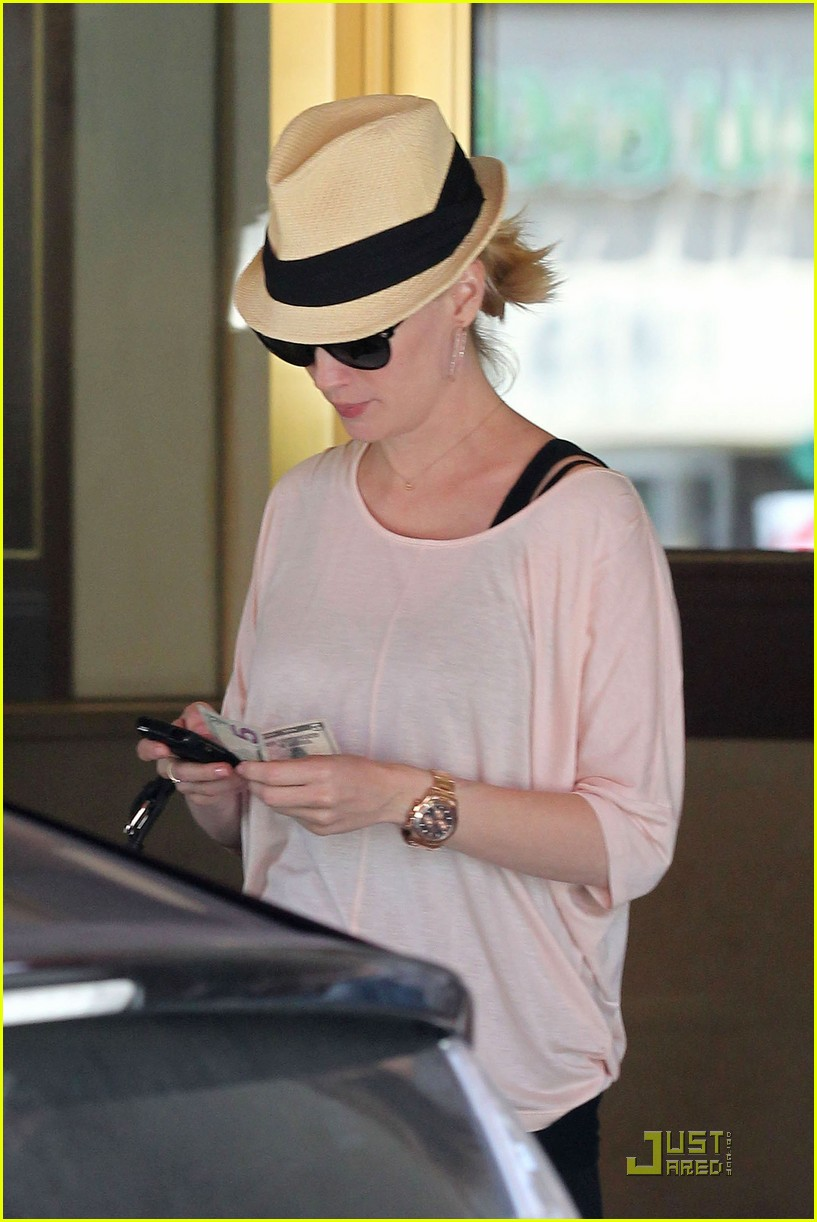 january jones lunch hotel 05