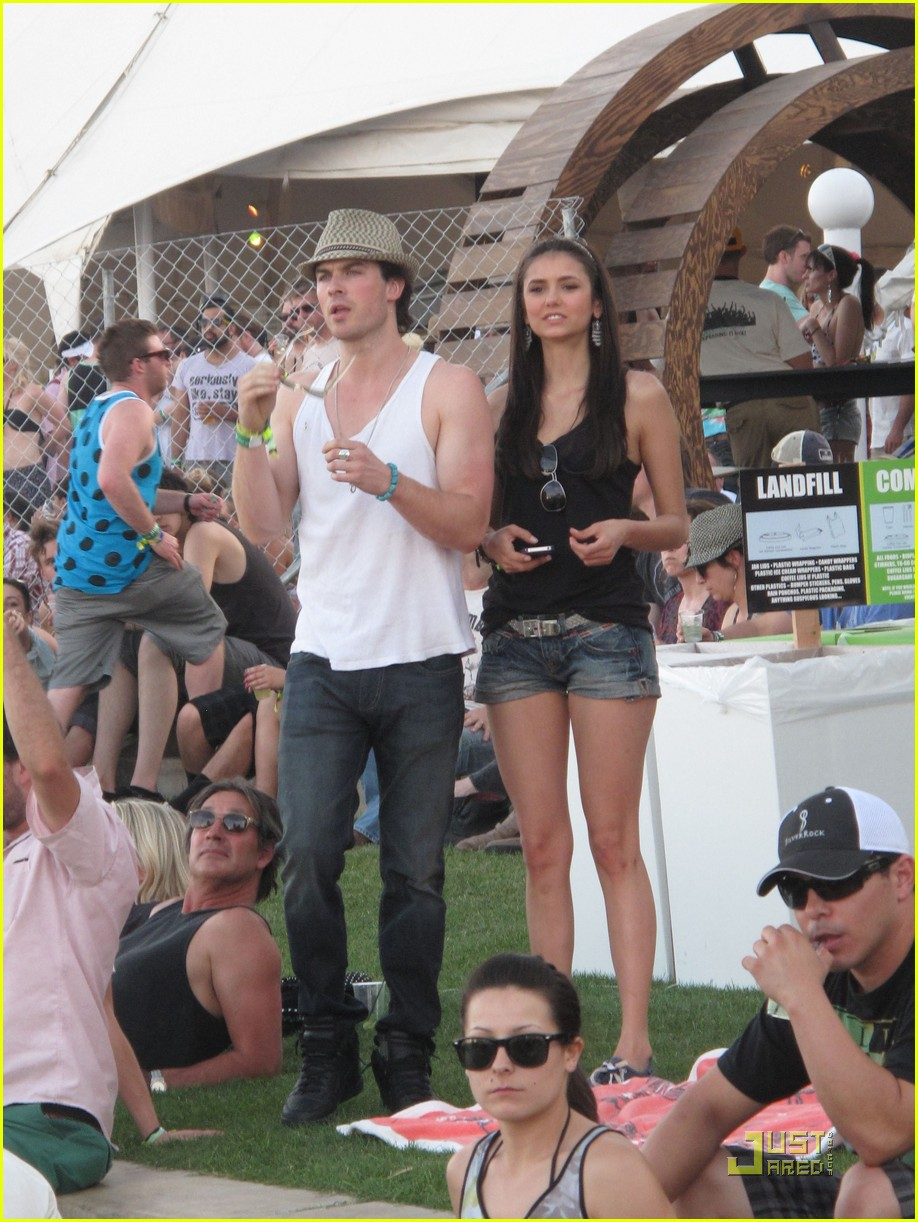 diane kruger joshua jackson coachella couple outing 19