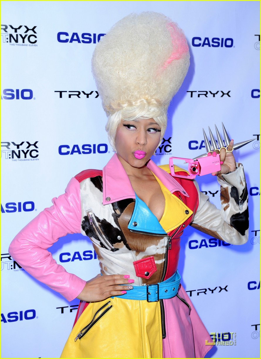 nicki minaj tryx out kickoff party 10