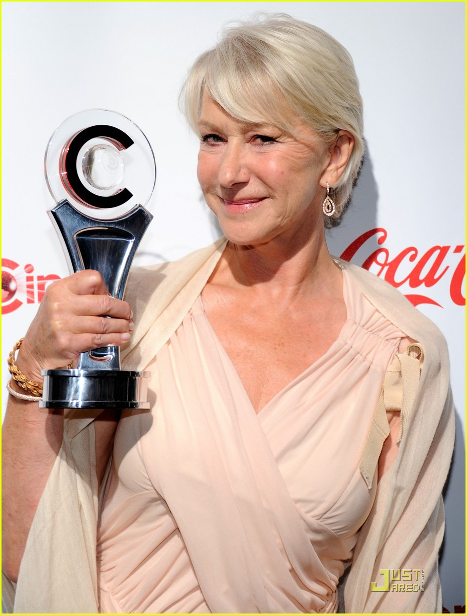 helen mirren russell brand cinemacon awards 2011 02
