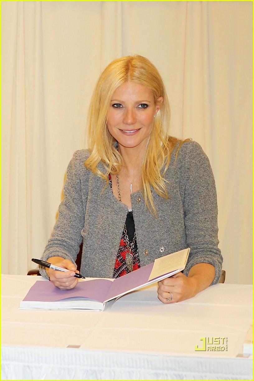 gwyneth paltrow cookbo... Gwyneth Paltrow Book