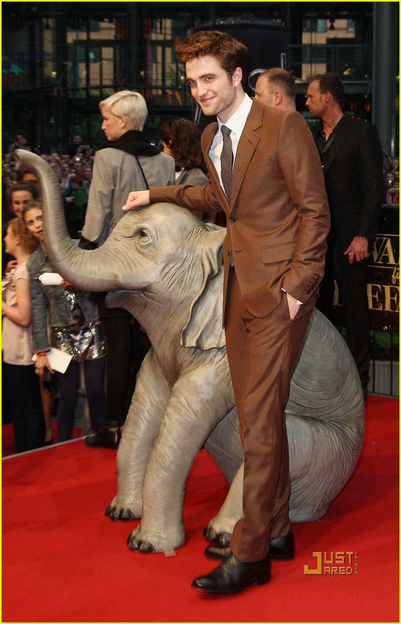 robert pattinson water for elephants premiere berlin 02