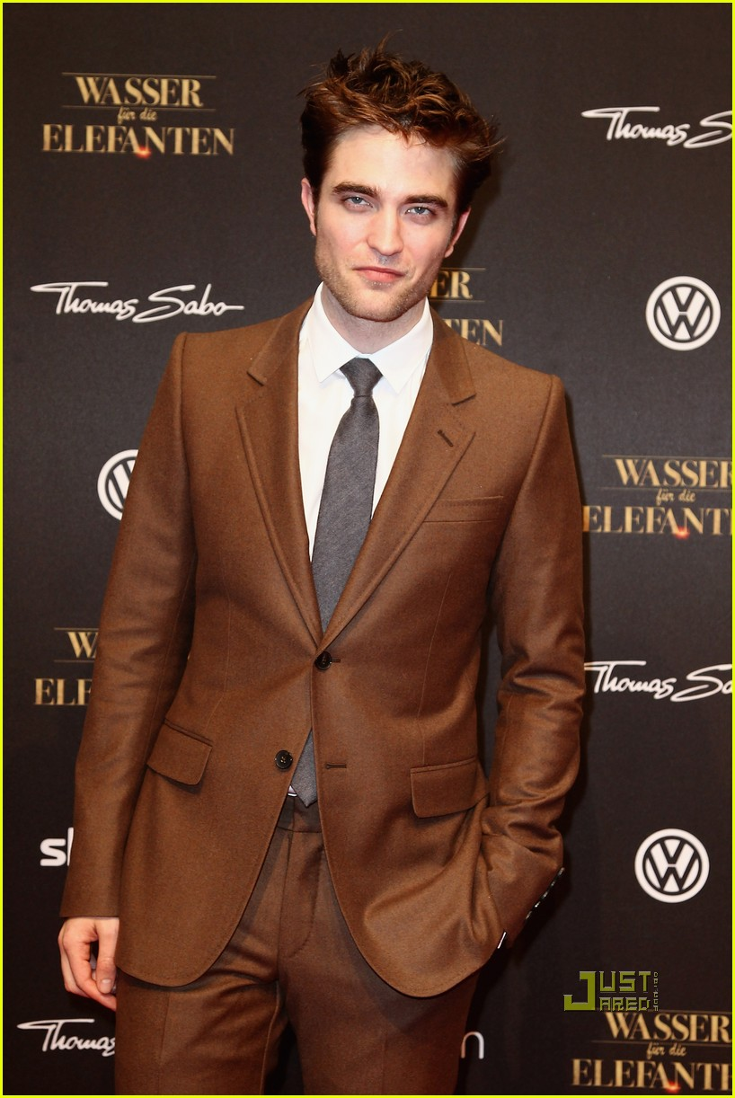 robert pattinson water for elephants premiere berlin 03