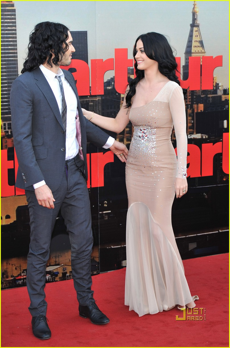 katy perry russell brand arthur uk premiere 03