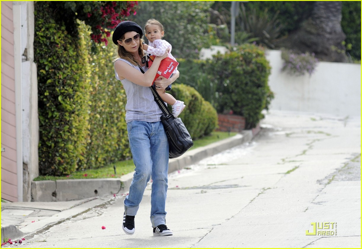 ellen pompeo day out with stella chris ivery 072532473