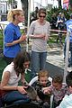 ellen pompeo stella petting zoo 14