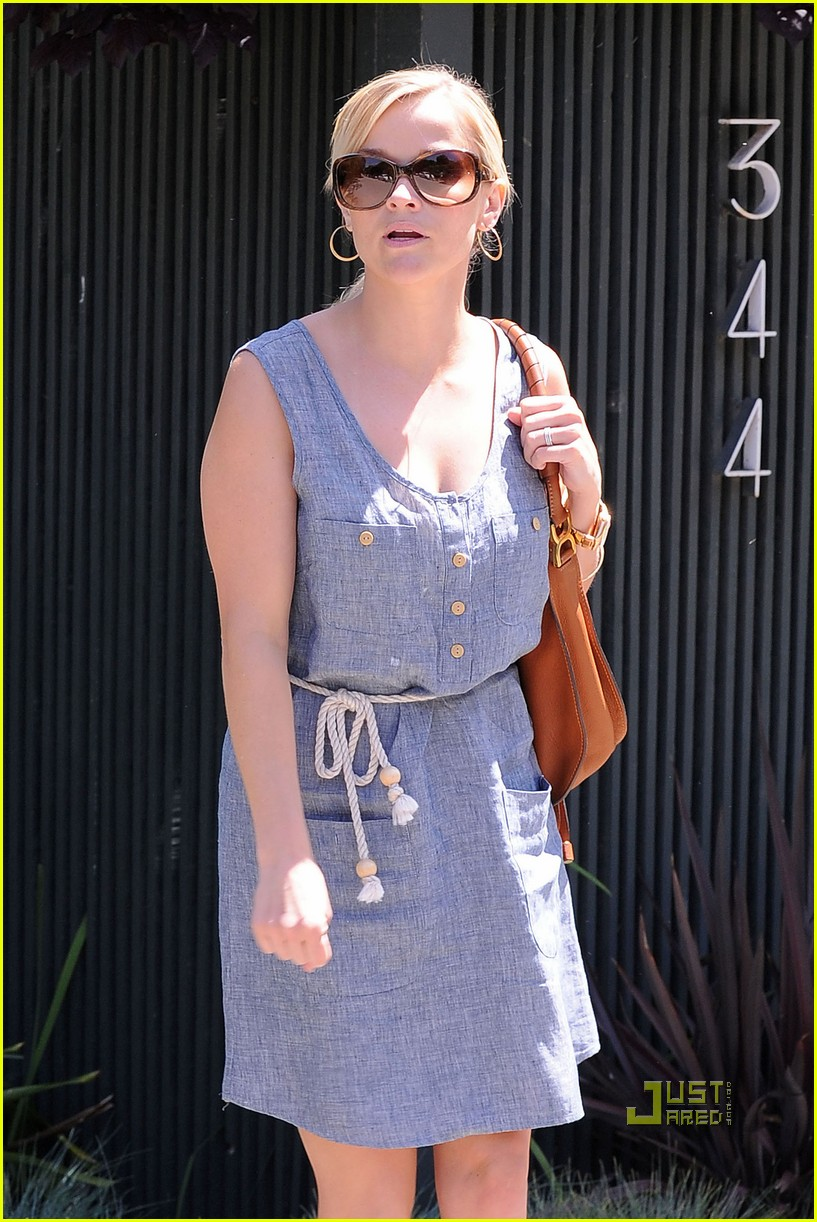reese witherspoon rope belt dress 03