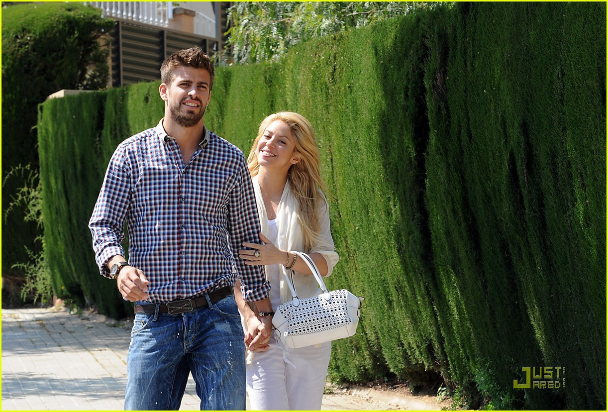 shakira gerard pique lunch lovers 07