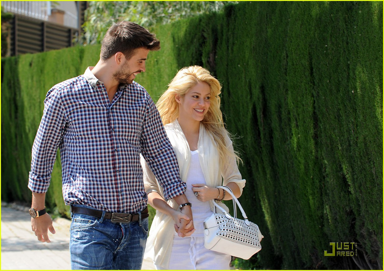 shakira gerard pique lunch lovers 082535887