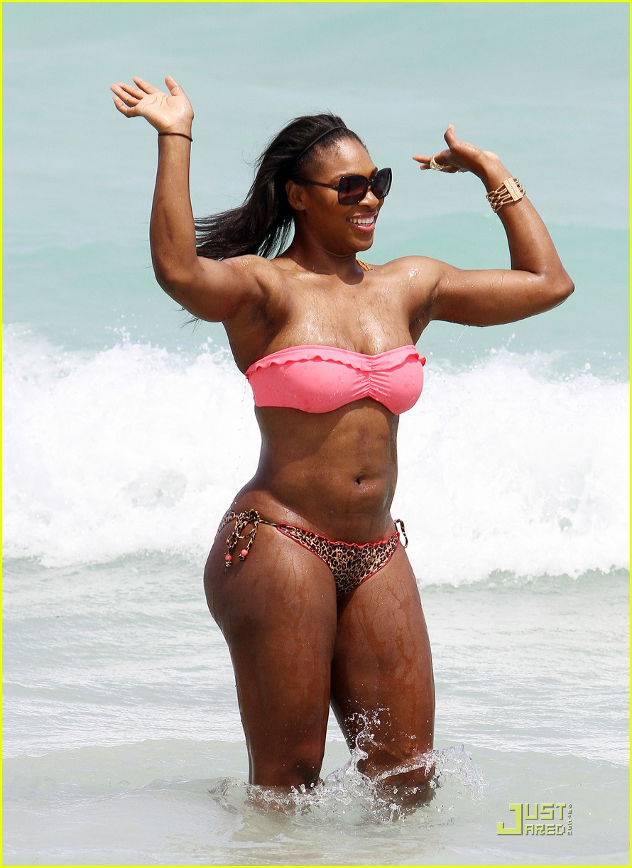 serena williams bikini beach body 02