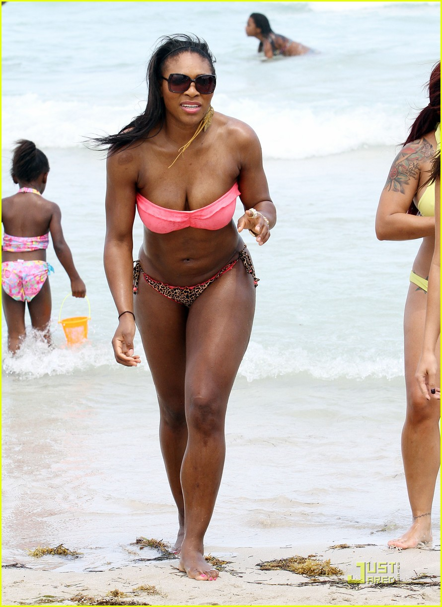serena williams bikini beach body 19