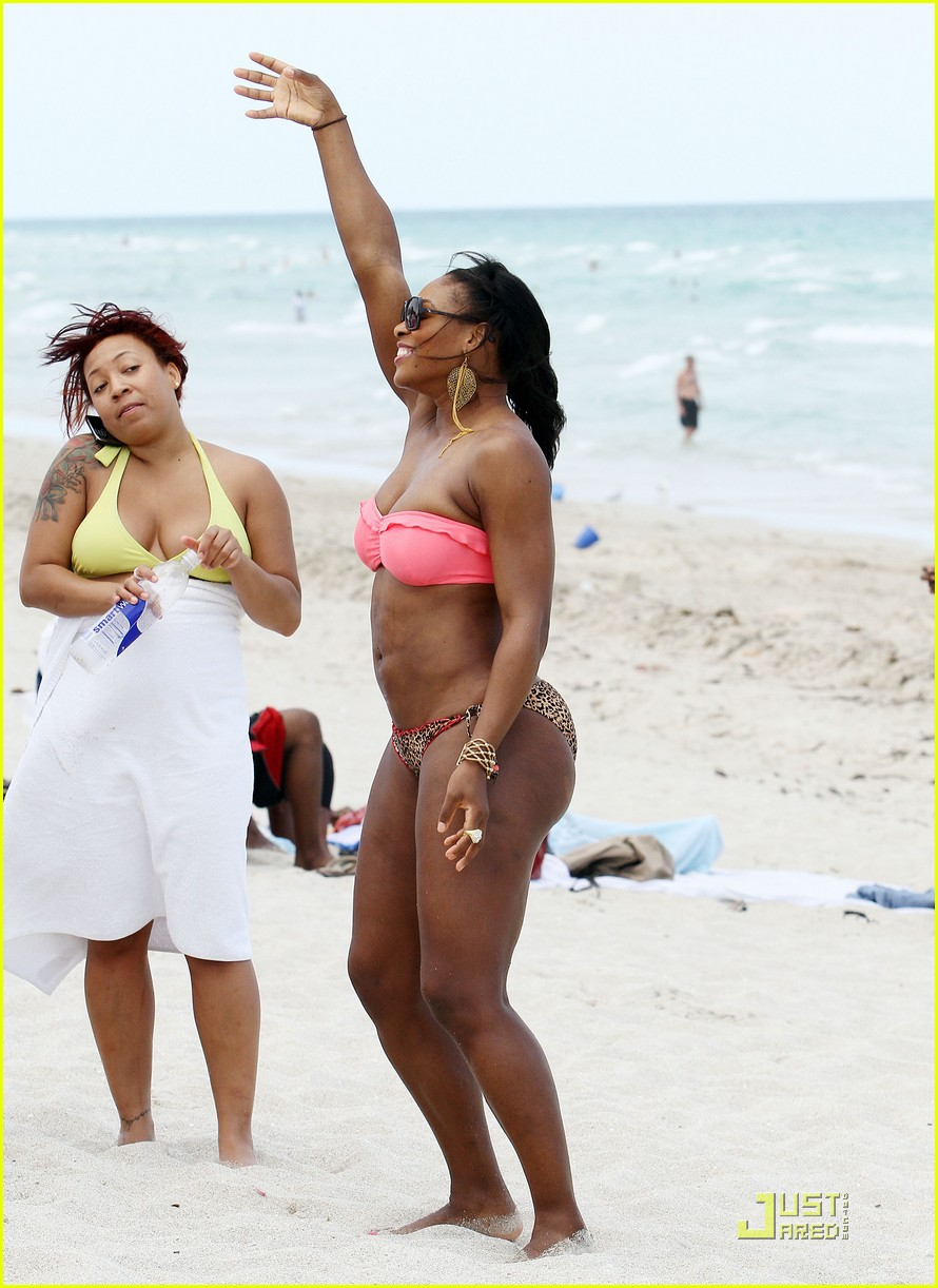 serena williams bikini beach body 20