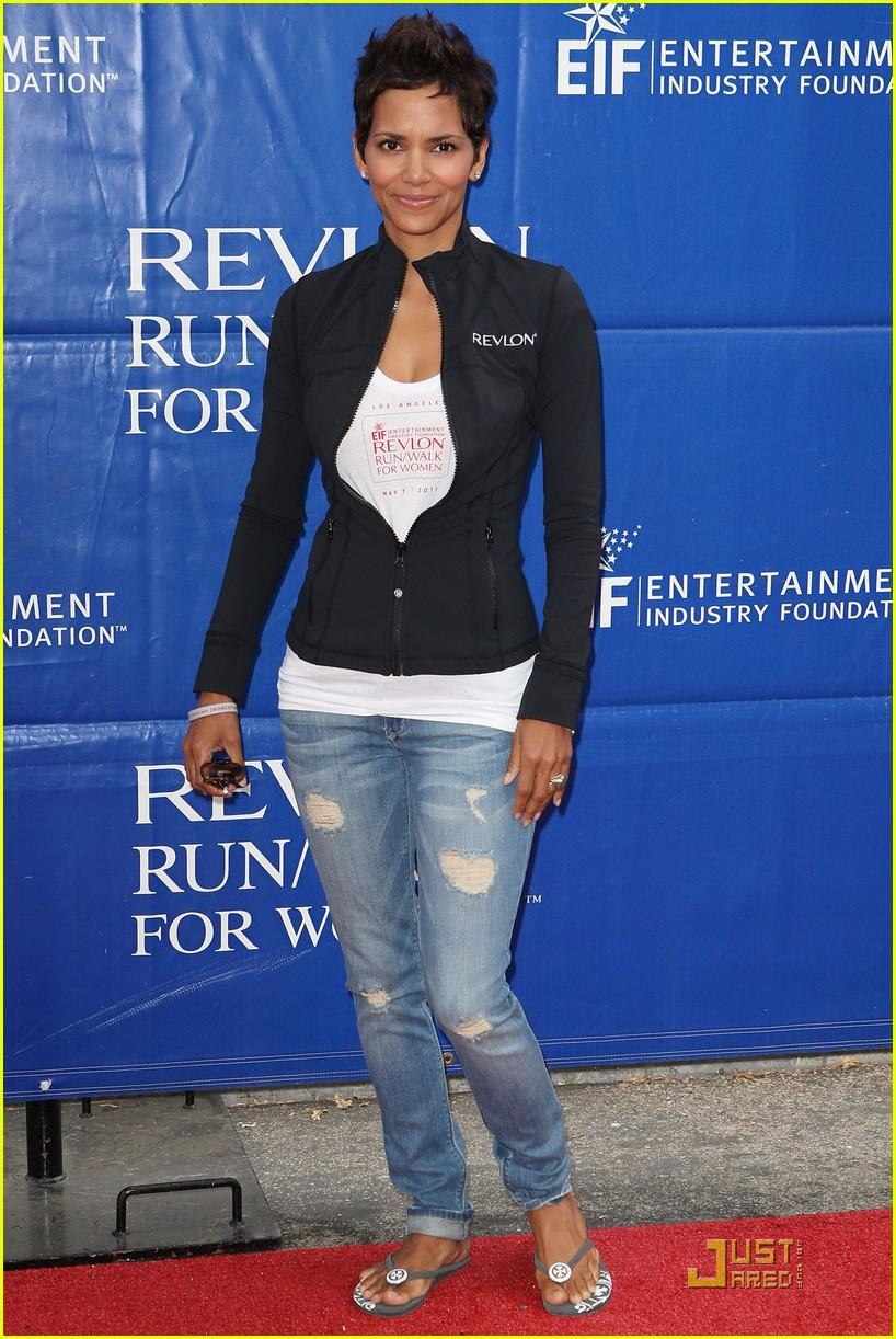 Halle Berry: Revlon Run/Walk in L.A.!: Photo 2541807 | Halle Berry ...