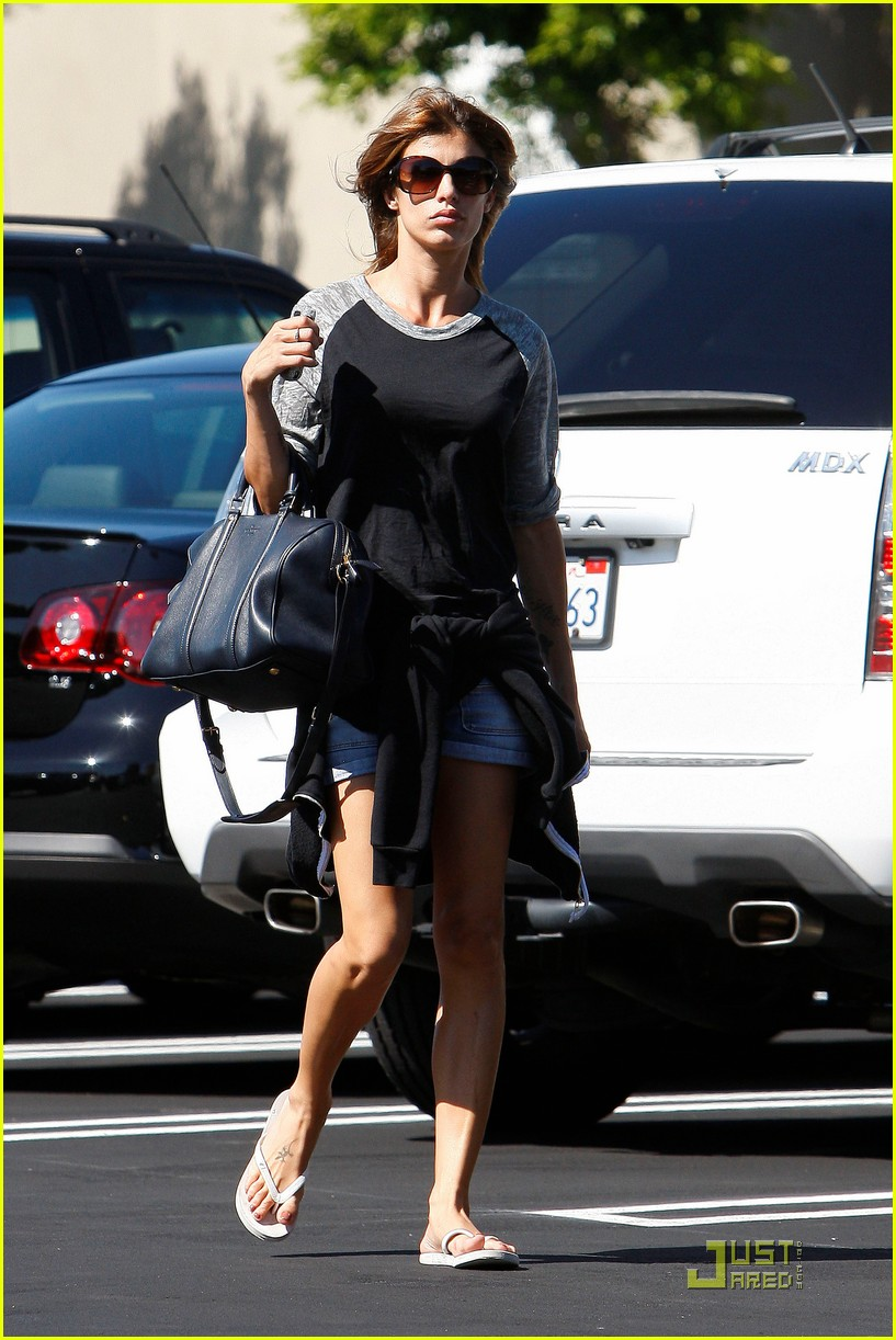 elisabetta canalis gelsons grocery gal 10