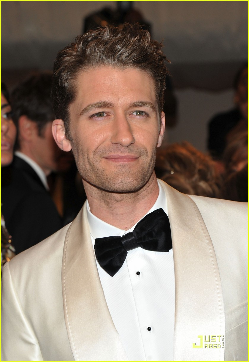 chace crawford matthew morrison bruno mars met ball 2011 04