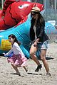 suri cruise katie holmes watch the waves 12