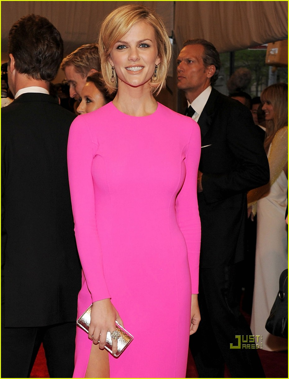 brooklyn decker met ball 2011 05