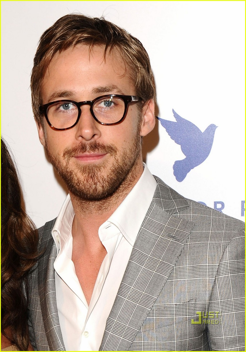 ryan gosling cinema for peace 01