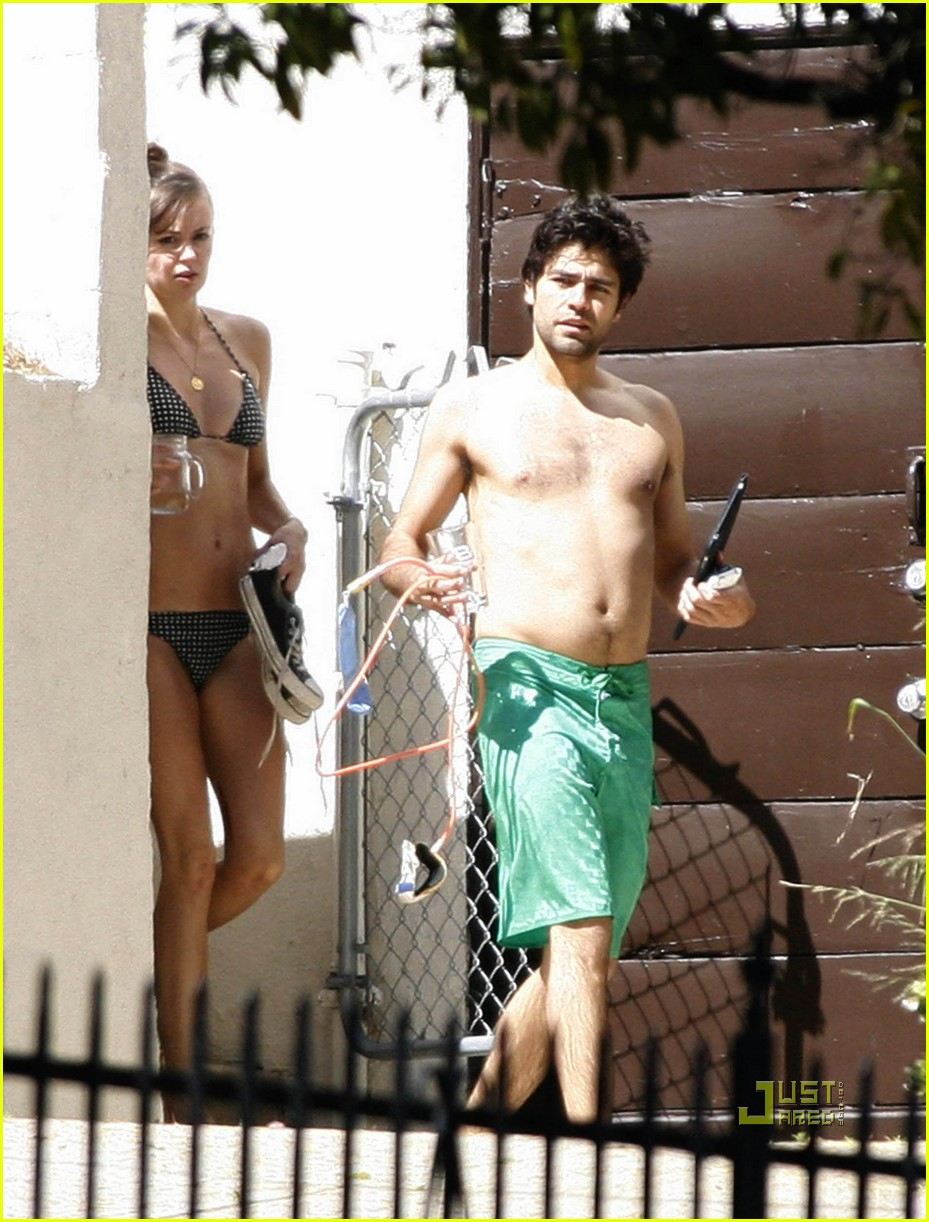 adrian grenier shirtless 09