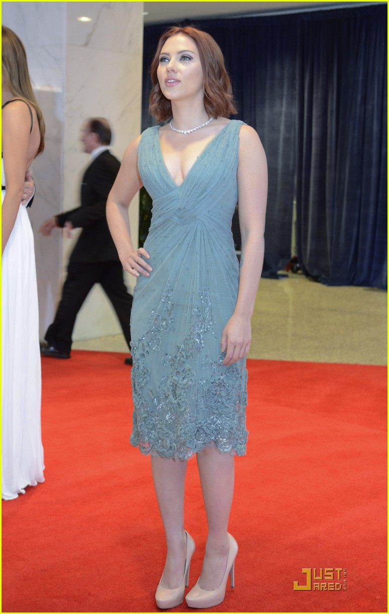scarlett johansson white house correspondents dinner 012539618
